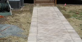 Hardscape-Pictures-Paver-Walkway2